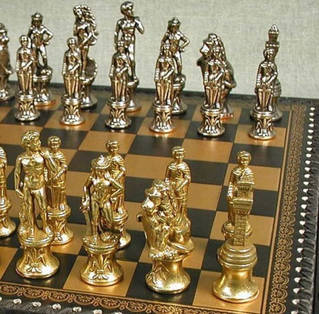 Wedding Favor For the VIP Guests and Business Relations - Premium chess kit
